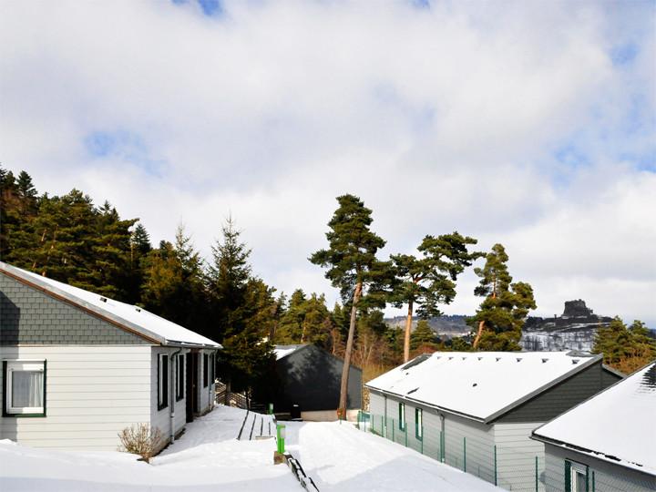 village vacances murol neige auvergne